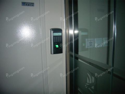 机房智能门镜锁接线图